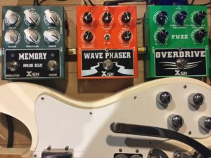 Xvive Fuzz Overdrive Wave Phaser & Delay Bass Guitar Demo 9